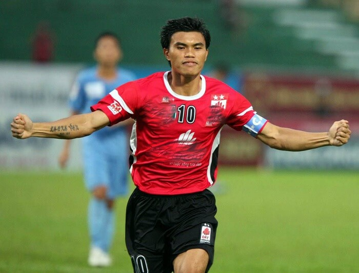 Phan Văn Tài Em là một trong những cựu cầu thủ bóng đá xuất sắc nhất Việt Nam